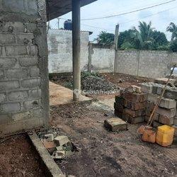 Vente Maison inachevée 3/4 lot - Agoè Koshigan