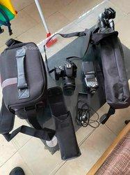 Appareil photo numérique Canon EOS 200DII