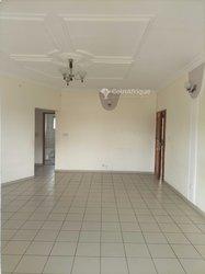 Location appartement 8 pièces - Douala