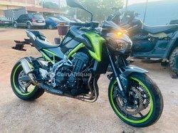 Moto Kawazaki Z900 2019