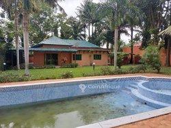 Location Villa basse 7 Pièces - Cocody Danga