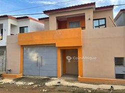 Vente villa duplex 6 pièces - Cocody Riviera