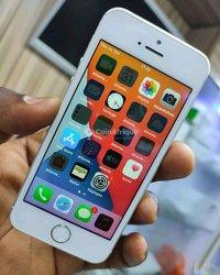 iPhone 5 SE - 64Gb