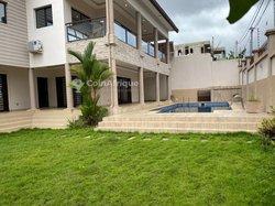 Location Villa duplex 7 pièces - Riviera 4 M'badon