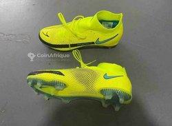 Chaussures à crampons Nike Phantom