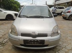 Toyota Yaris 2000