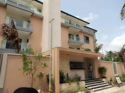 location appartement  4pièces - cocody