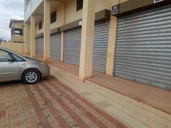 Location grand magasin - Ouaga 2000 zone a