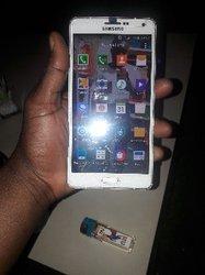 Samsung A7 (32 go)
