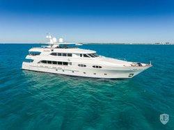 Bateau Yacht Luxury 2013