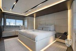 Yacht B 2014